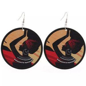 Wood African Women Earrings. 🆕